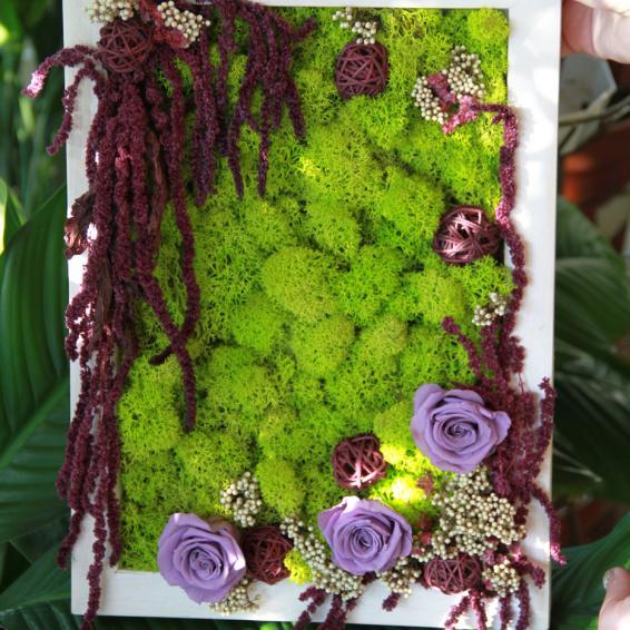 Картина из ягеля, амаранта и роз